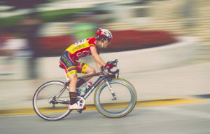 panning cycle race photo